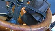 Steering wheel, gloves