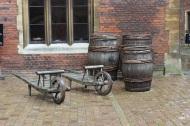 Barrow and barrels