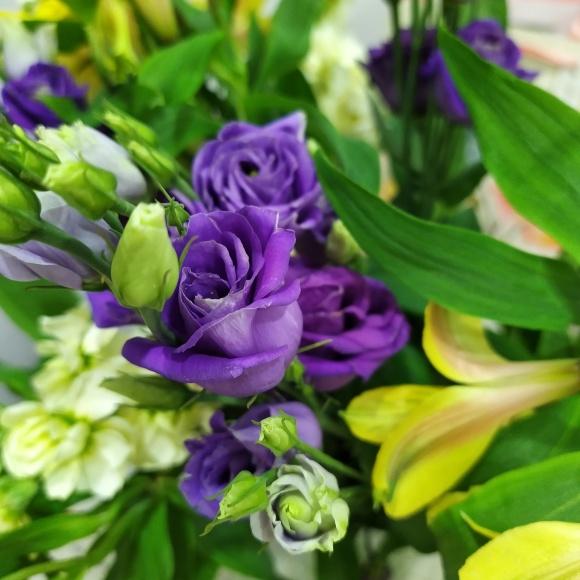 Lisanthus flowers